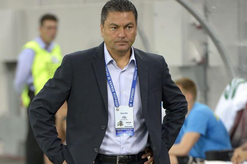 Ilie Stan (53 de ani) a fost prezentat oficial pe banca divizionarei secunde ACS Fotbal Club Brașov-Steagul Renaște.