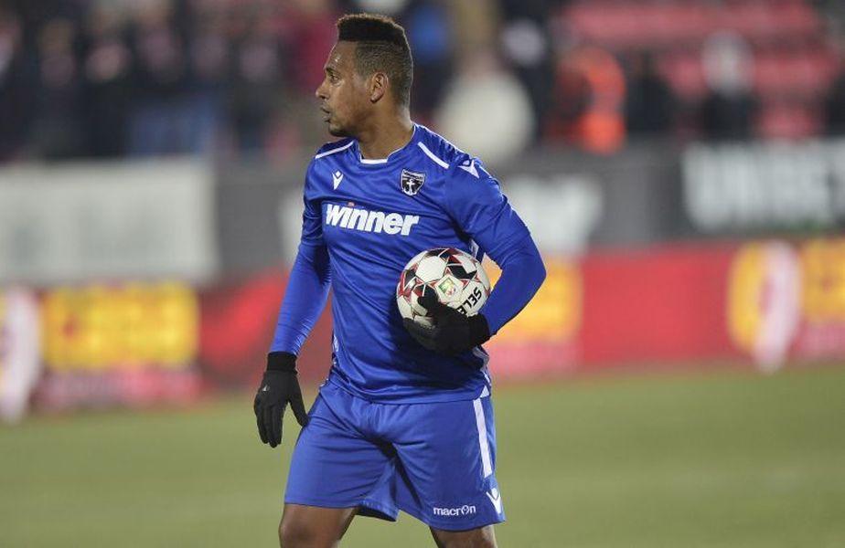 FC Voluntari a pierdut în deplasarea cu CS Universitatea Craiova, scor 1-2. Brazilianul Eric (34 de ani) a acuzat maniera de arbitraj a lui Iulian Călin.