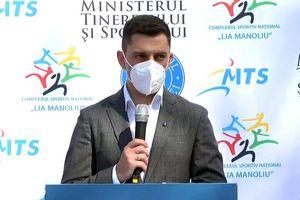 """""""Bunica mea a murit, pe tata l-am salvat în ultima secundă"""" » Ministrul Novak, mesaj pro-vaccinare: """"E dureros să vezi ştirile, e dezastru"""""""