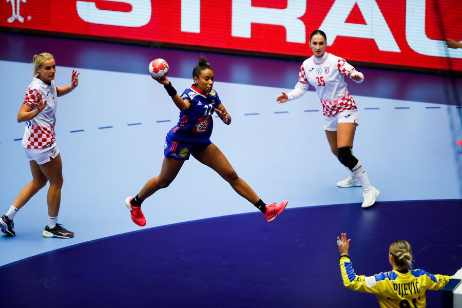 Estelle Nze Minko, MVP-ul Euro 2020 FOTO Anze Malovrh / kolektiffimages