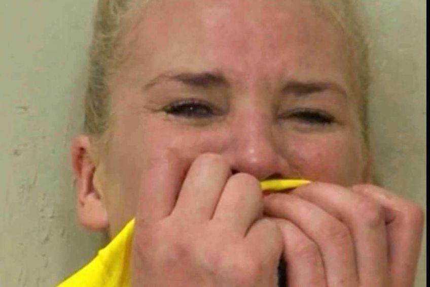 Crina Pintea, în lacrimi, după eliminarea cu Muntenegru. Foto: captură Prima TV
