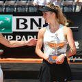 Elina Svitolina, în dreapta, nu are în plan să mai meargă la turneele din Asia prea curând. foto: Reuters