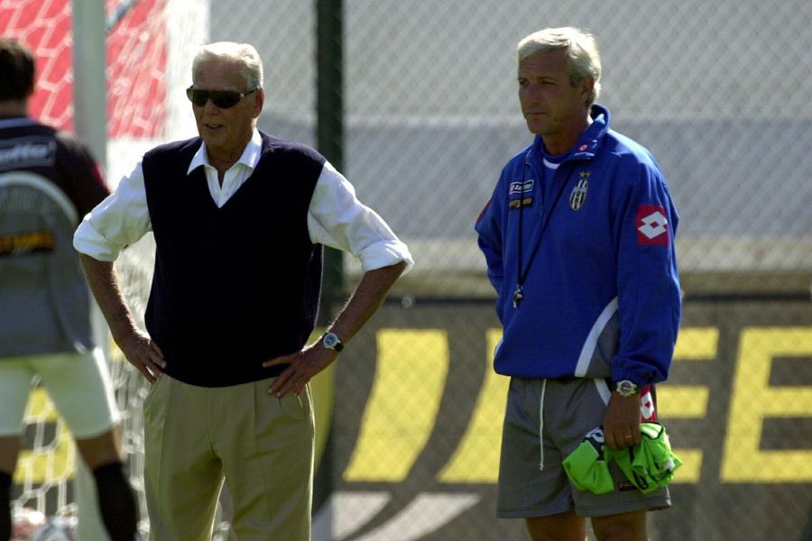 Umberto Agnelli, tatăl lui Andrea, alături de antrenorul Marcelo Lippi, în 2001 // Foto: Getty Images