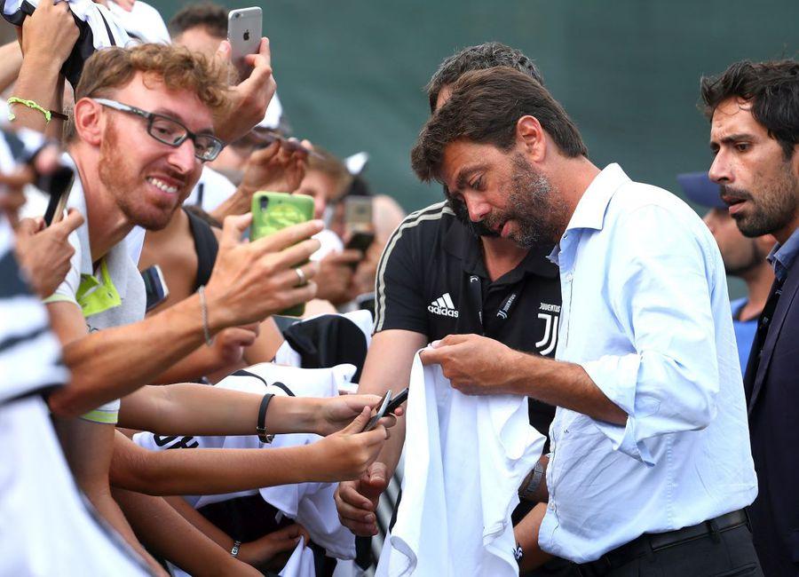 Andrea Agnelli, în unul din momentele în care era apreciat de fanii lui Juventus // Foto: Getty Images