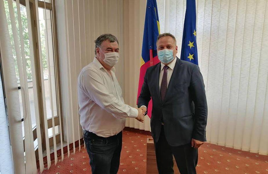 Vasile Târșolea a bătut palma cu Vasile Iliuță