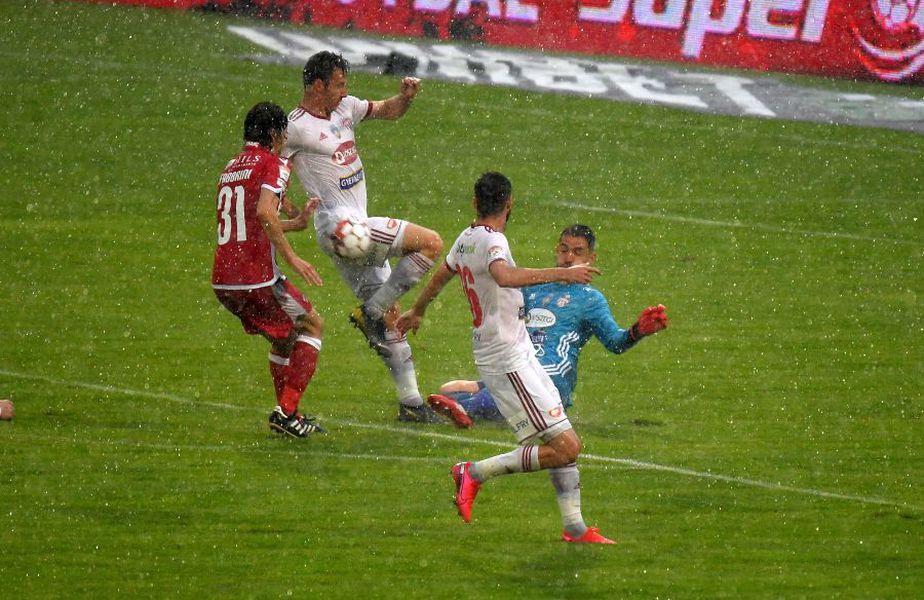 Sepsi o conduce pe Dinamo la pauza meciului, 1-0