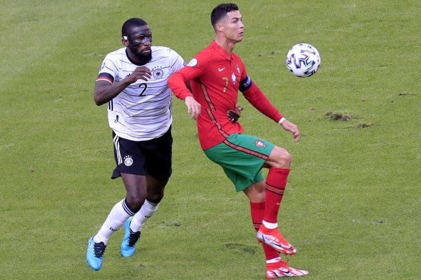 Cristiano Ronaldo vs. Antonio Rudiger // foto: Imago