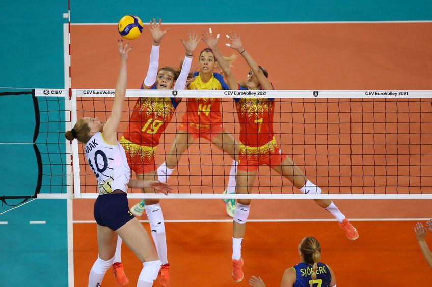 Naționala de volei feminin a României a fost învinsă categoric de Suedia, 0-3 (-21, -17, -16), în al doilea meci al grupei D de la Euro 2021. Isabelle Haak (22 de ani) a fost din nou cea mai bună jucătoare.