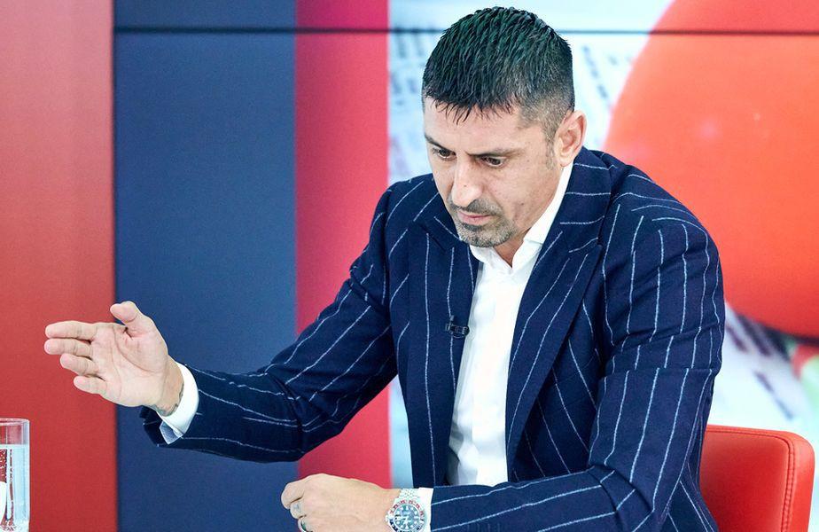 Ionel Dănciulescu, 43 de ani, fostul team-manager al celor de la Dinamo, nu a fost mulțumit de prestația alb-roșilor din prima repriză cu Gaz Metan (0-0 după 45 de minute)