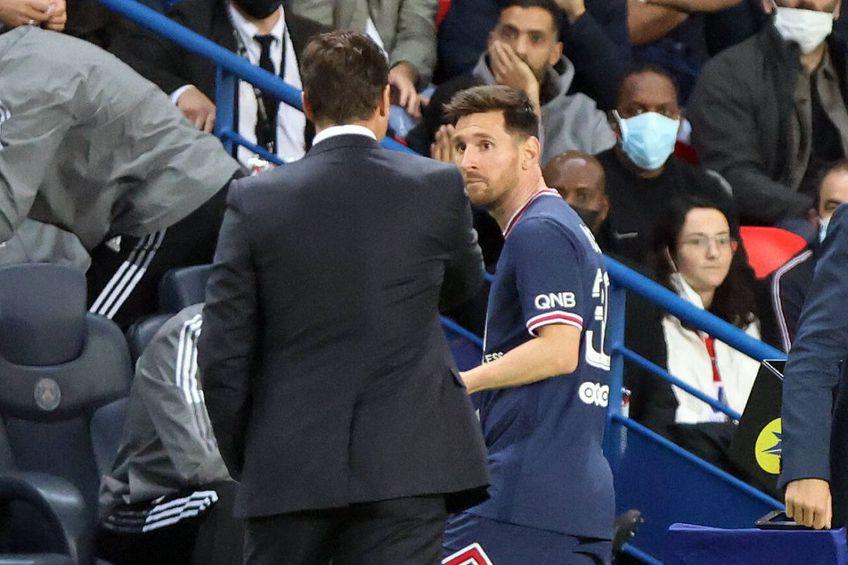 Messi a fost schimbat la 2-1 cu Lyon, privindu-l cu reproș pe antrenor Mauricio Pochettino, foto: Imago