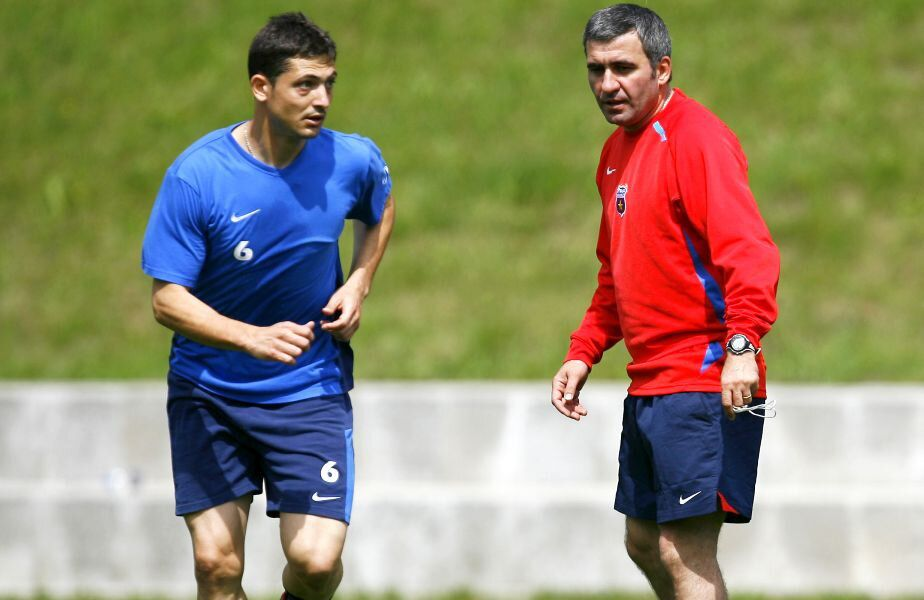"""Gică Hagi (55 de ani) a vorbit despre viitorul echipei naționale a României. """"Regele"""" spune că filosofia lui Mirel Rădoi este cea corectă."""