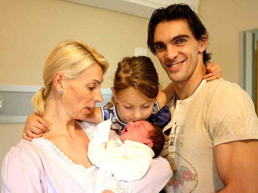 Cristina Pîrv, Nicoll și Giba după nașterea lui Patrick