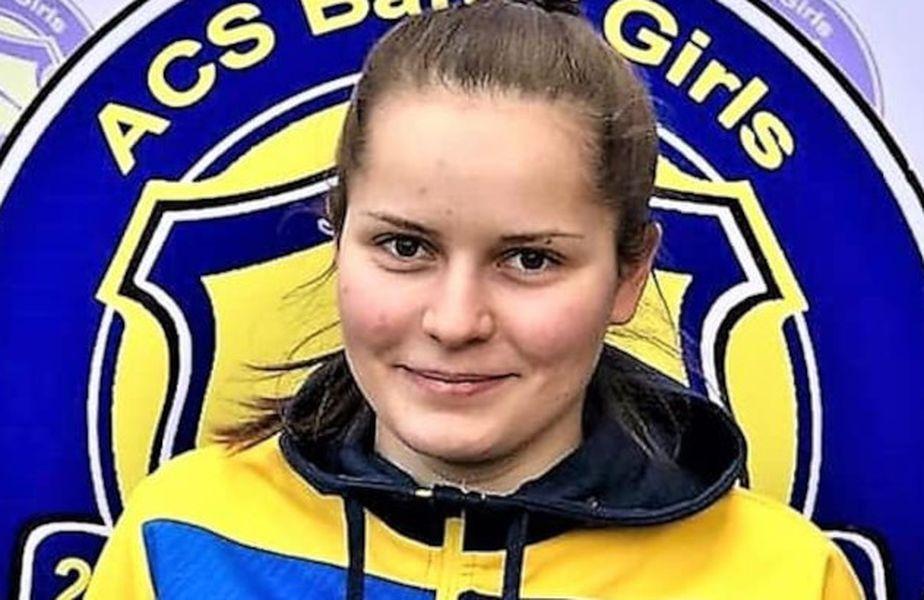 Natalija Bozilovic, fundașul dreapta al echipei de fotbal feminin ACS Banat Girls Reșița, a suferit un atac cerebral din cauza unei tumori pe creier. Clubul de primă ligă cere ajutor.