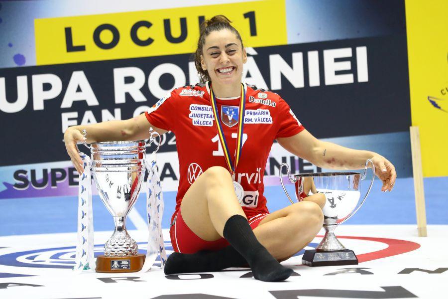 În patru ani la Vâlcea, Marta Lopez a câștigat patru trofee, până acum FOTO Marius Ionescu