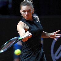 Halep, debut perfect