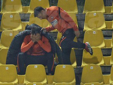 EXCLUSIV Imaginile serii: un jucător de la FCSB, în lacrimi! Explicația lui Toni Petrea