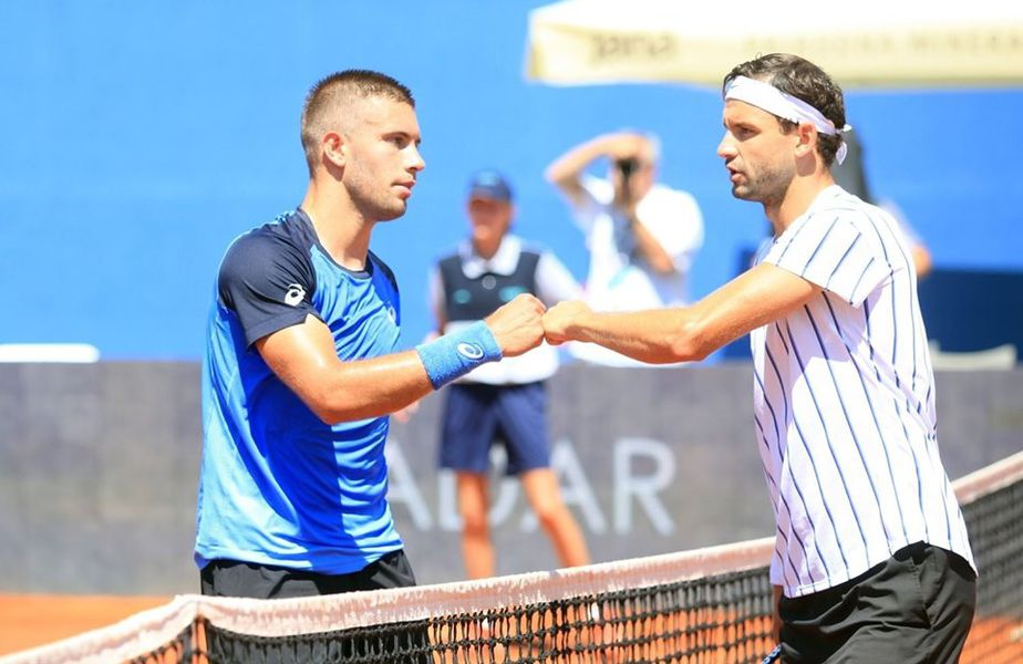 Coric și Dimitrov salutându-se după meci
