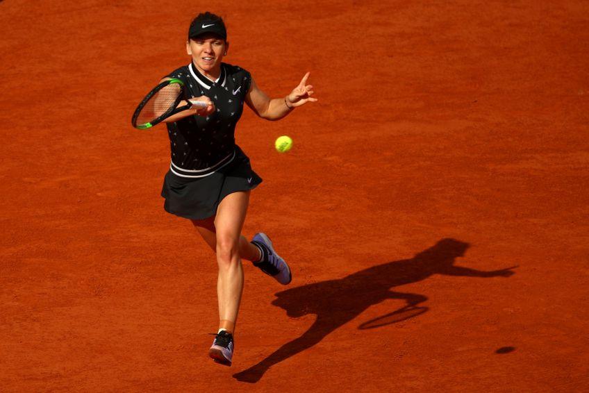 Simona Halep a evoluat ultima oară într-un turneu oficial pe zgură în 2019, la Roland Garros FOTO Guliver/GettyImages