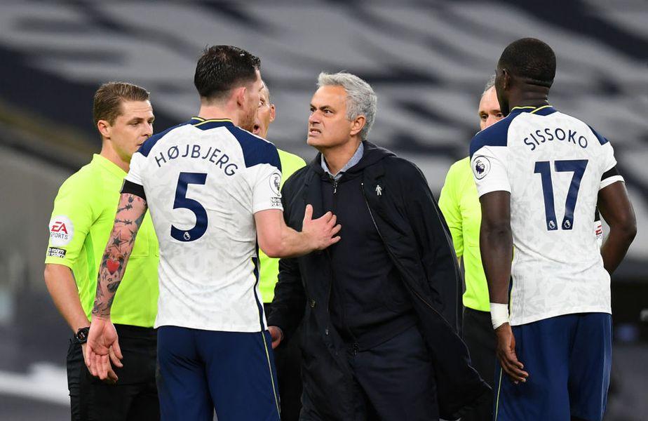 Jose Mourinho l-a învins pentru întâia oară în carieră de două ori la rând pe rivalul Pep Guardiola, un dublu 2-0 împotriva lui Manchester City. Foto: Guliver/GettyImages