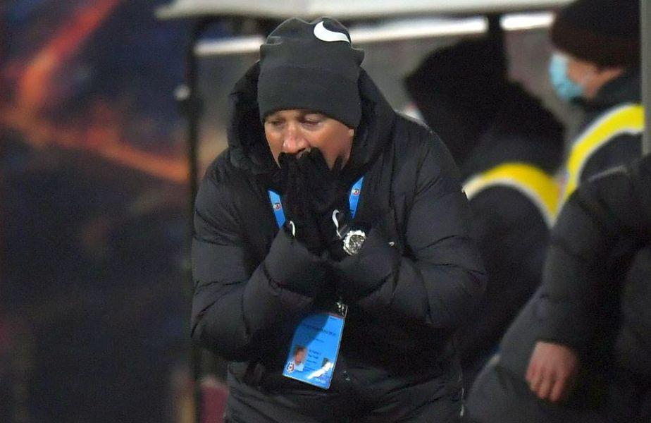 CFR Cluj a pierdut pe teren propriu cu UTA, scor 0-1, fiind a doua înfrângere consecutivă a ferovirilor pe teren propriu în Liga 1, după 1-2 cu Gaz Metan. Dan Petrescu, antrenorul campioanei, s-a plâns din nou de probleme de lot.