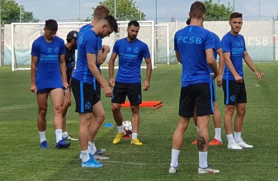 Fotbaliștii lui FCSB se antrenează în grupuri de câte 4