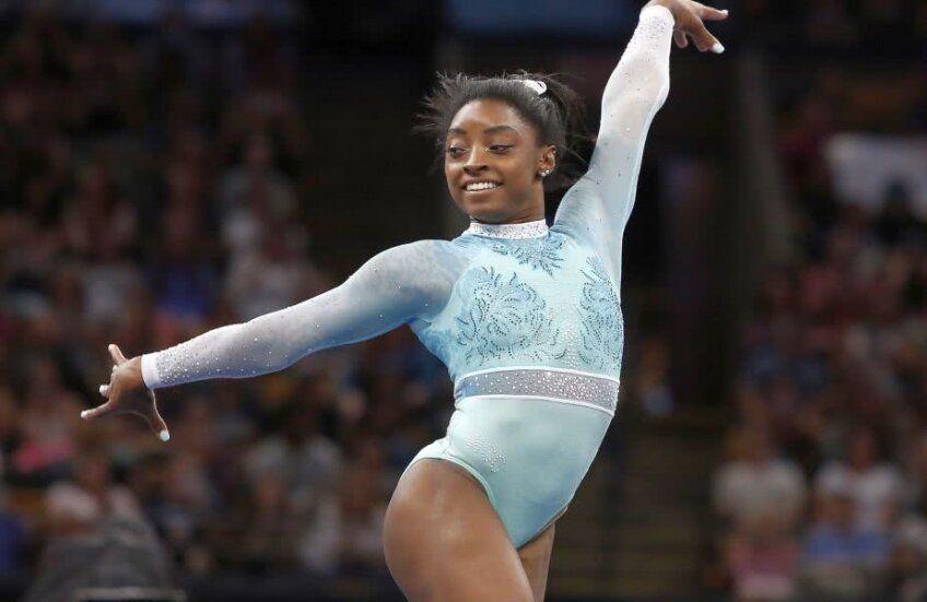 Americanca Simone Biles (24 de ani) continuă să scrie istorie în gimnastica. Multipla campioană olimpică a reușit o săritură unică în probele feminine, o variantă de Iurchenko cu mai multe rotiri, la US Classic din Indianapolis.