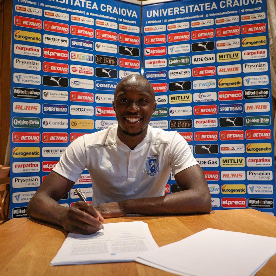 CSU Craiova continuă campania de achiziții: a semnat un fotbalist condamnat la 5 ani de închisoare!