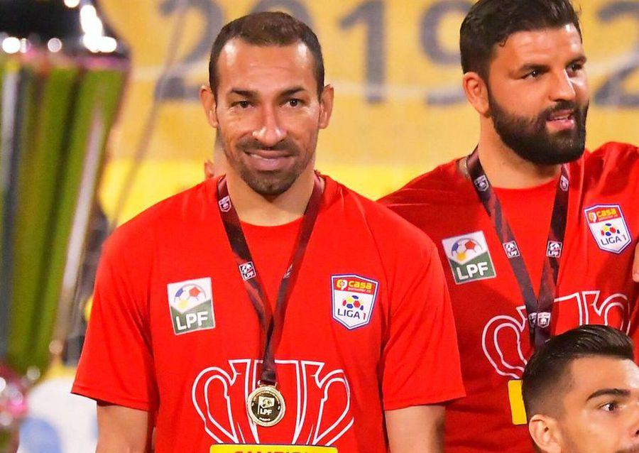 FCSB detonează BOMBA pe piața transferurilor: negociază cu omul care a câștigat patru titluri cu CFR Cluj!