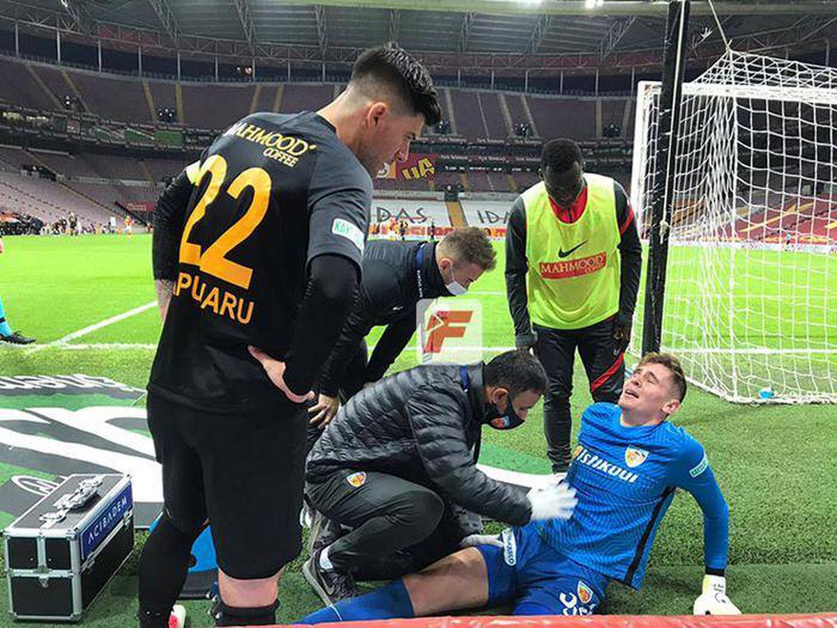 UPDATE // Silviu Lung jr, scos de pe teren după o repriză incredibilă cu Galatasaray » Doctorii nu l-au mai lăsat să apere! Primul verdict