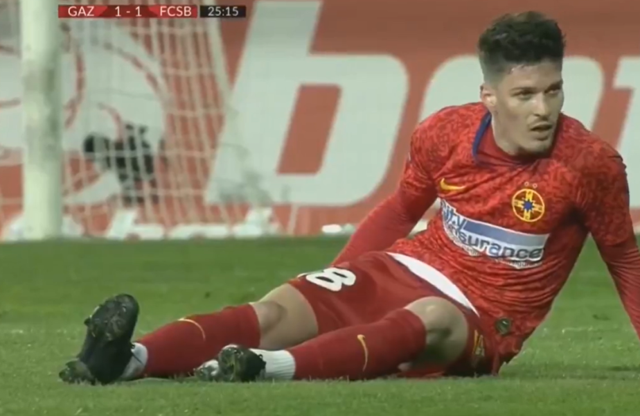 Dennis Man, 22 de ani, a ieșit de pe teren în minutul 28 al meciului dintre Gaz Metan și FCSB, acuzând probleme fizice.