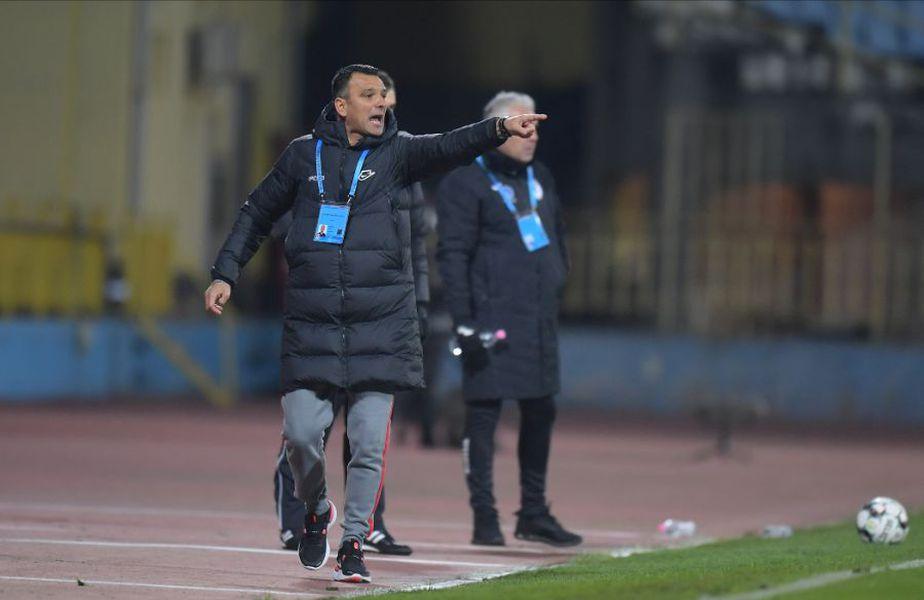 FCSB a învins-o pe Gaz Metan, scor 3-2, în ultimul meci al rundei cu numărul 11 din Liga 1. Duelul a fost decis în minutul 90, când Octavian Popescu a căzut în careu, în urma unui contact cu Butean. Colțescu a dictat penalty, transformat ulterior de Buș.
