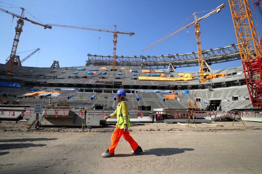 Construirea stadioanelor din Qatar a cauzat un număr imens de  victime // foto: Guliver/gettyimages