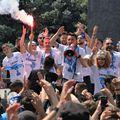 Craiova va celebra Cupa și pe stadion, după ce ieri oltenii și-au dat întâlnire cu fanii pe străzi. Sursă foto: Facebook CS Universitatea Craiova