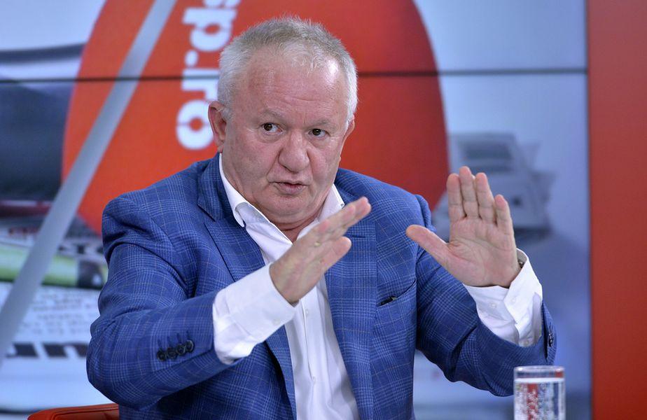 """A fost o ediție incendiară la """"Prietenii lui Ovidiu""""! Invitatul acestei săptămâni a fost Adrian Porumboiu, fostul arbitru și ex-patronul celor de la FC Vaslui."""