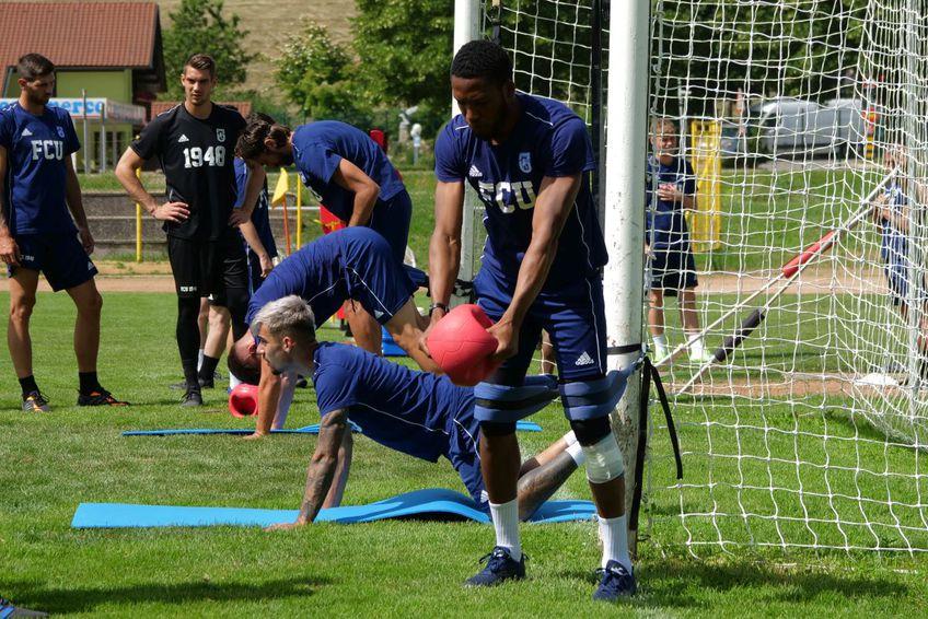 Jucătorii lui Adrian Mutu au avut parte azi de un antrenament extrem de solicitant / FOTO: Vlad Nedelea
