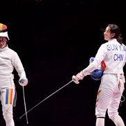 Ana Maria Popescu, în finala de la spadă, cu Sun Yiwen, la Jocurile Olimpice (foto: Raed Krishan - Tokyo)
