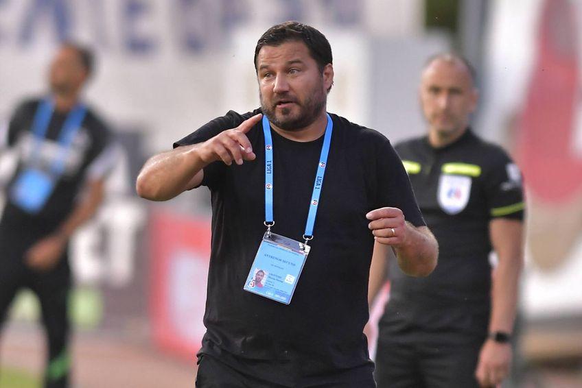 FC Botoșani a învins-o în deplasare pe FC Voluntari, scor 1-0, în runda #2 din Liga 1. Marius Croitoru, antrenorul moldovenilor, vrea să fie mai calm pe banca tehnică.