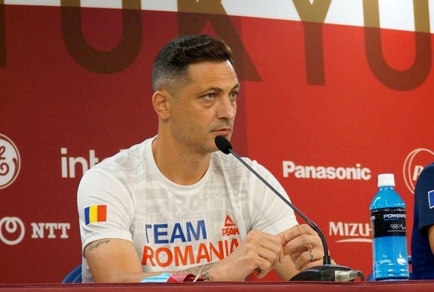Mirel Rădoi (40 de ani) a oferit un interviu pentru site-ul oficial al FIFA. Selecționerul a vorbit despre dificultățile întâlnire în drumul spre Jocurile Olimpice și a dezvăluit că pasul spre antrenorat l-a făcut urmând sfatul lui Cosmin Olăroiu.