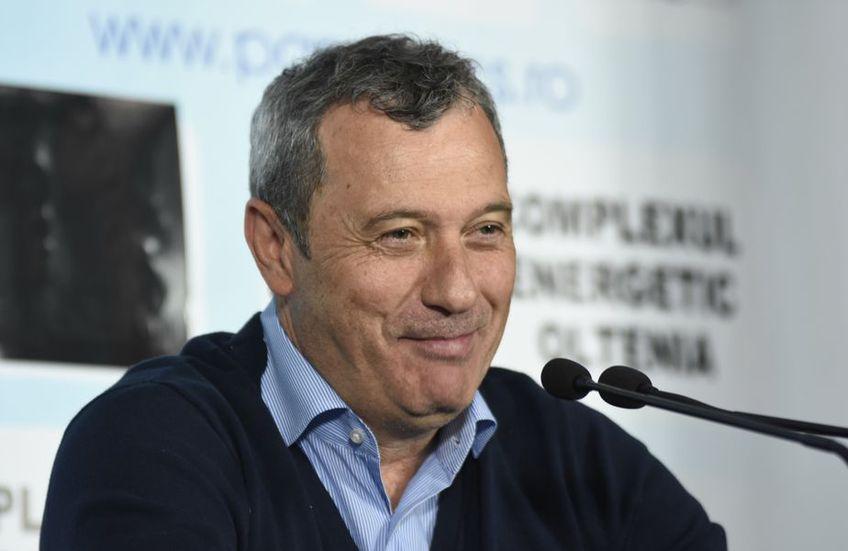 U Craiova 1948 l-a demis pe Eugen Trică din funcția de antrenor al echipei, iar Mircea Rednic (58) este prima variantă a oltenilor