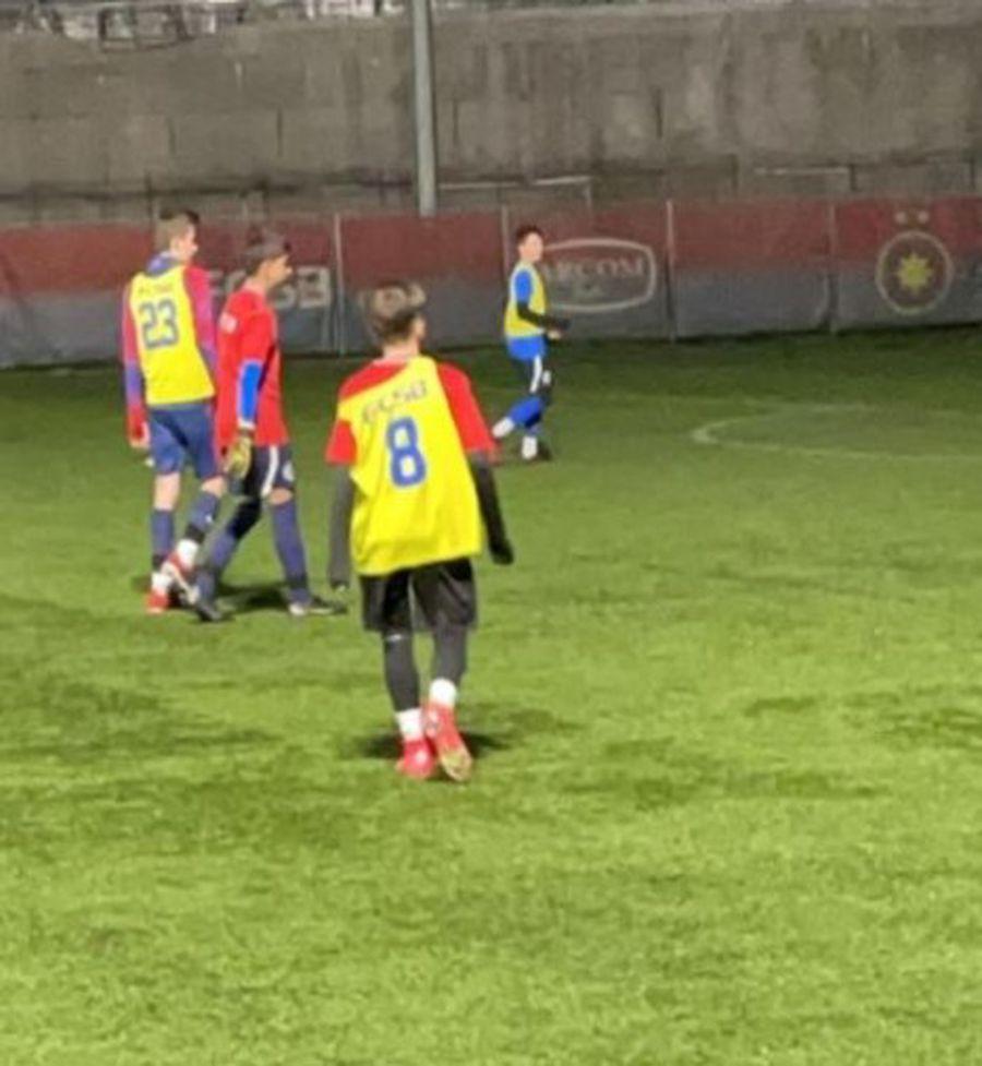 Dani Popescu, numărul 8, a postat pe Instagram o fotografie de la primele antrenamente la FCSB