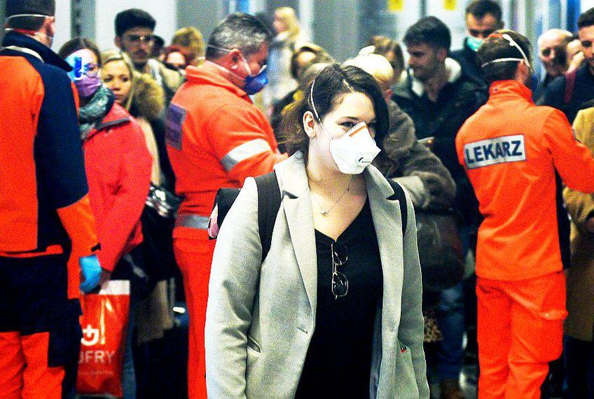 Teste de coronavirus pe aeroportul din Cracovia, foto: Guliver/gettyimages