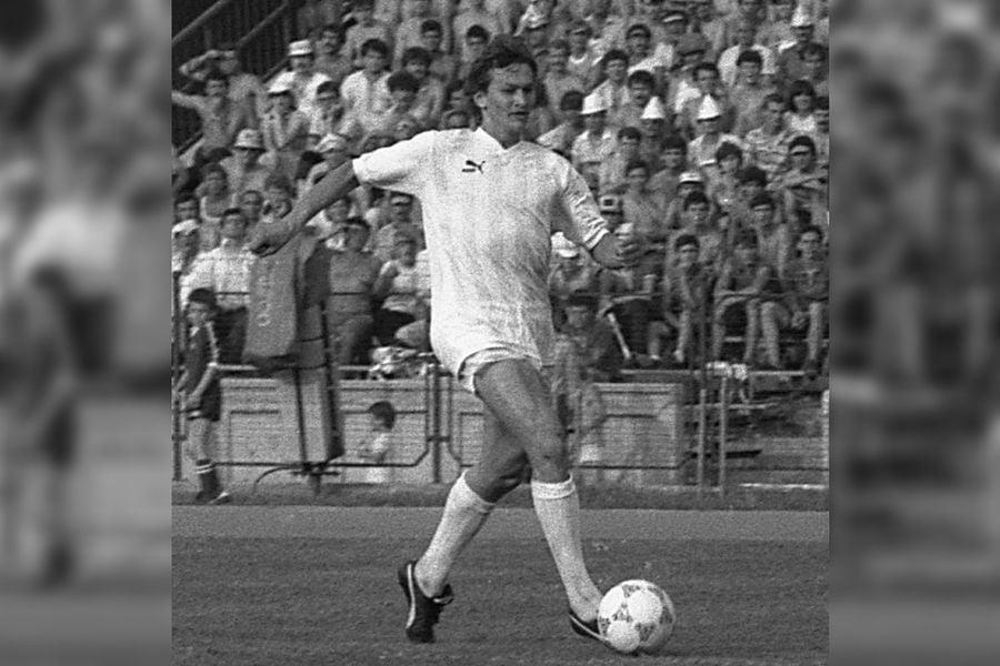 """Cum au fost create marile echipe ale anilor '80? » Episodul 3: Dinamo - Show cu doar 14 """"câini"""". Dar de rasă"""