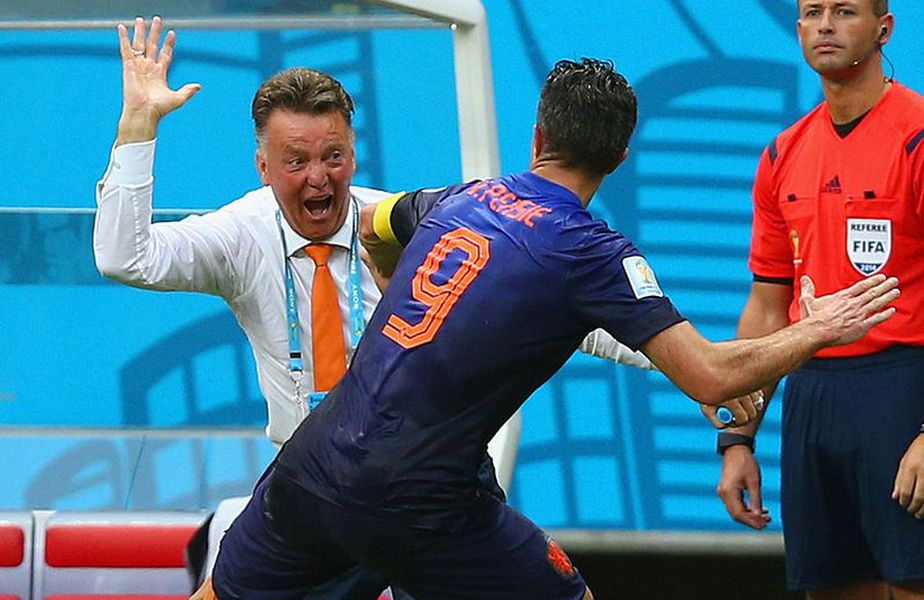 Robin van Persie a declarat că a fost lovit de Van Gaal // Sursă foto: Getty