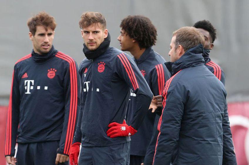"""Antrenorul lui Bayern, Hansi Flick, a folosit timpul rămas până la derby-ul cu Dortmund, programat mâine, pentru a """"umbla"""" la orgoliul vedetelor. Dacă învinge, liderul se distanțeză la 7 puncte."""