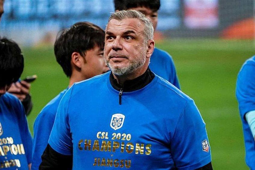 Cosmin Olăroiu, chemat de fani la FCSB