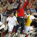 Dorinel Munteanu și momentul în care realizează că Oțelul Galați e campioana României. FOTO: Arhivă Gazeta Sporturilor
