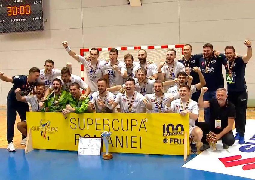 Xavier Pascual, fostul antrenor al Barcelonei, a debutat cu înfrângere pe banca lui Dinamo. Dobrogea Sud a învins campioana în Supercupa României, scor 19-18.