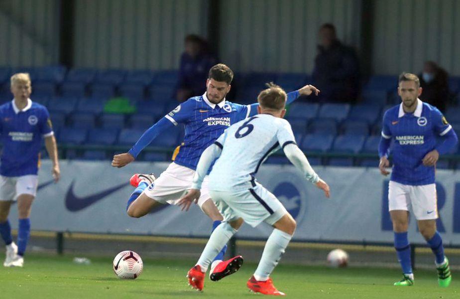 Tudor Băluță, în Brighton U23 - Chelsea U23 // foto: Twitter @ Brighton & Hove Albion