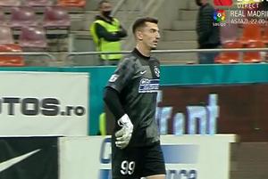 Erori în lanț la golul primit de Andrei Vlad: 3 gafe comise de FCSB