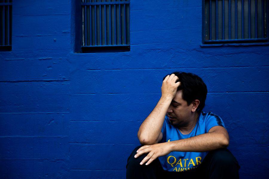 Imaginile durerii » Fanii lui Maradona își plâng idolul în stradă